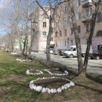 Еще три североуральских двора оборудуют детскими площадками