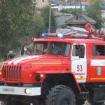 Большой пожар: частную баню в Североуральске тушили почти час