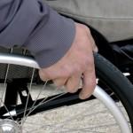 В пункте проката можно бесплатно получить костыли, инвалидные кресла, трости и многое другое