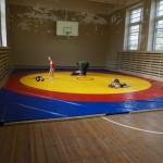 Зал, где дети занимаются самбо, требует ремонта. Подробности
