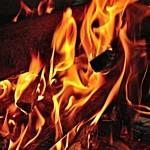 В ночь на 7 октября на улице Островского произошел пожар. Хозяина дома спасли соседи