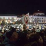 СМИ: Врио главы Волоколамского района объявил о вводе чрезвычайного положения с 30 марта. На митинг из-за свалки вышло около шести (!) тысяч жителей. ВИДЕО