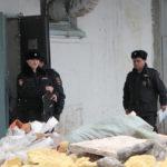 Под стеной, обвалившейся на складе в Серове, погиб мужчина. Еще один госпитализирован