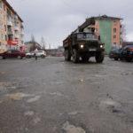 В Североуральске «Бессмертный полк» пошагает по разбитой дороге?