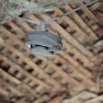 """Оплавленный детектор дыма. Фото: Константин Бобылев, """"В каждый дом""""."""