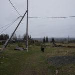 Местные говорят, что сейчас в поселке Лозьвинский живет около сотни человек.