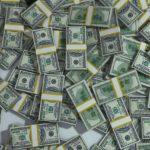 Курс доллара превысил 68 рублей и обновил максимум с апреля 2016 года