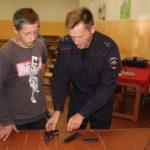 Полицейские посетили загородный лагерь с профилактическими беседами
